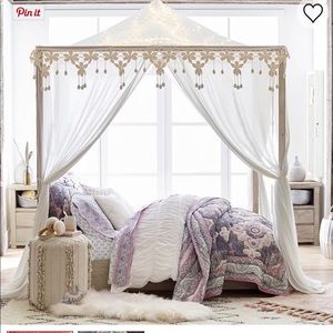 Pottery Barn Teen Casual Boho Canopy